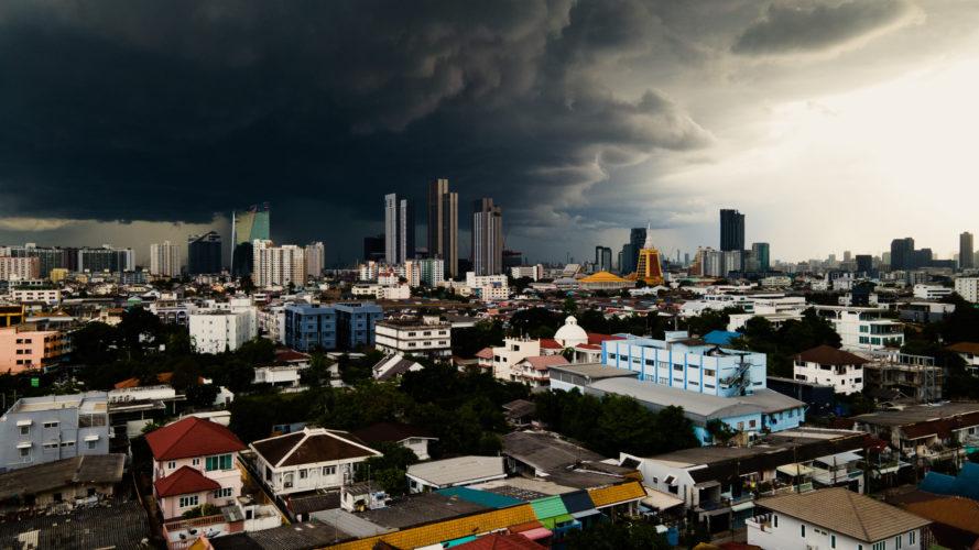 Storm over Punnawithi (Bangkok, TH)